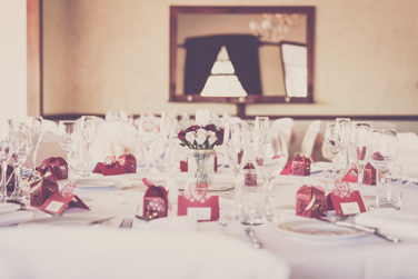 How to Plan a Wedding - The Guest List